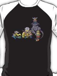 How To Train Your Minion  T-Shirt