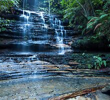 Cataract Falls, Blue Mountains by Jeanne Kinninmont