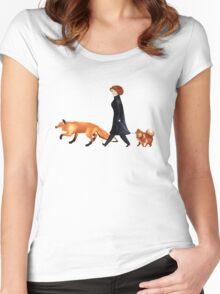 Fox & Dana Women's Fitted Scoop T-Shirt