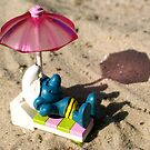 Suntanning smurf by freshairbaloon
