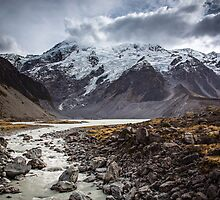 Hooker Valley by Brad Grove