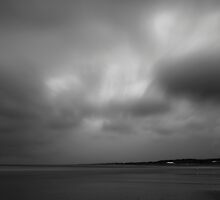 Beach & clouds by mattijs
