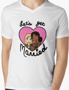 Yumikuri: Let's Get Married!  Mens V-Neck T-Shirt
