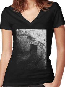 Waste - Chiara Conte Women's Fitted V-Neck T-Shirt