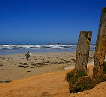 An Australian Surfing Beach by jwwallace