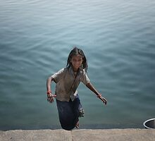 the girl who leapt up from the ghats  by handheld-films