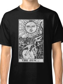 The Sun Tarot Card - Major Arcana - fortune telling - occult Classic T-Shirt