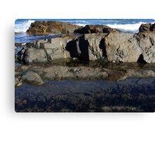 Rock Pool @ Park Beach Canvas Print