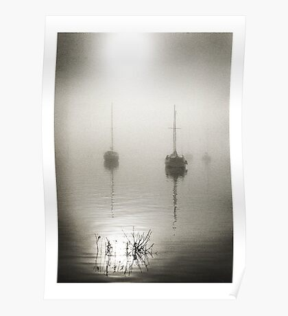 Windermere Fog and boats, www.steventaylorphotography.co.uk Poster