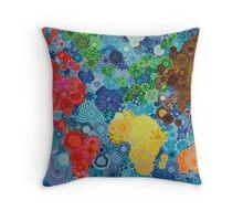Spirograph world map Throw Pillow