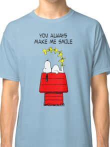 Snoopy Smiling Classic T-Shirt
