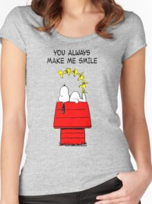 Snoopy Smiling Women's Fitted Scoop T-Shirt