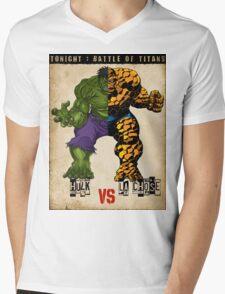 HULK vs LA CHOSE Mens V-Neck T-Shirt