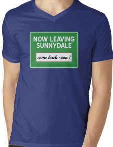 Now leaving Sunnydale (Buffy) Mens V-Neck T-Shirt