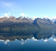 Lake Wakatipu New Zealand by jwwallace