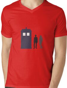 The Doctor and Amy Pond Mens V-Neck T-Shirt