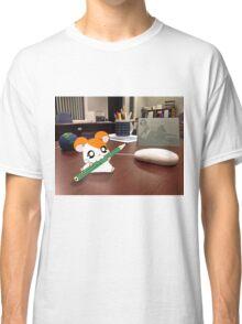 Hamtaro on my desk Classic T-Shirt
