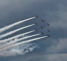 Red Arrows Formation by andy lewis