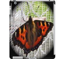 FURRY NICE!     iPad Case/Skin