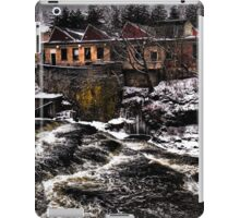 On the Edge  iPad Case/Skin
