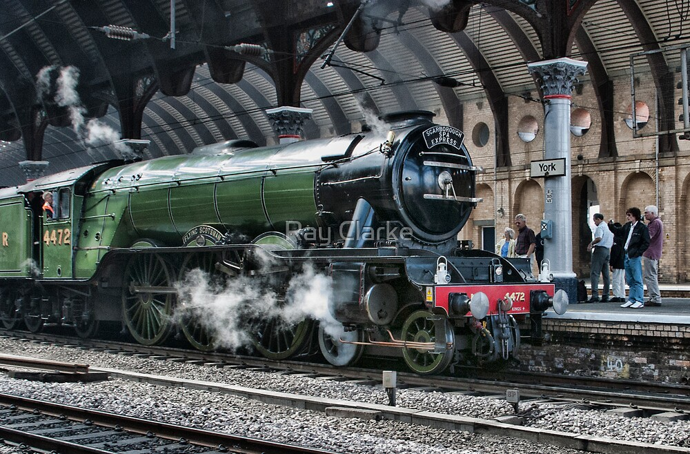 4472 Flying Scotsman by Ray Clarke