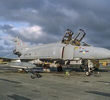 Phantom FGR.2 XV426/Q of 23 Sqn  by Colin Smedley