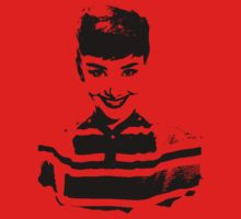 Audrey Hepburn Smiles T-Shirt by Museenglish