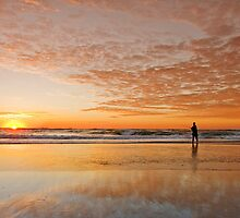 """Catching"" the Sunrise -Main Beach Qld Australia by Beth  Wode"