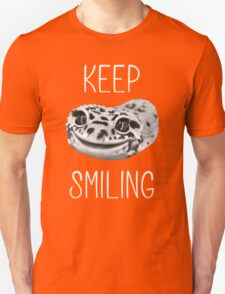Keep Smiling Leopard Gecko (White Text) T-Shirt