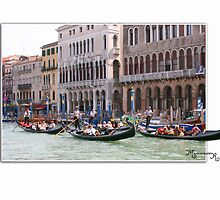 Venice:  on the Canal Grande by MariarosaR
