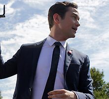 Joseph Gordon-Levitt Outdoors by hellokimmarie