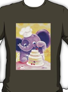 Baking - Rondy the Elephant making a delicious cake T-Shirt