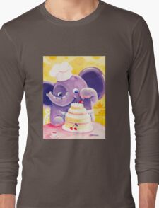 Baking - Rondy the Elephant making a delicious cake Long Sleeve T-Shirt