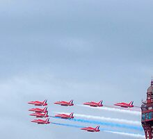 Red Arrows at Blackpool by DMHotchin