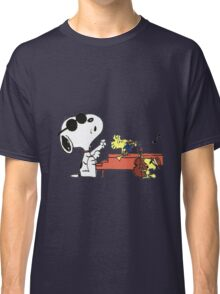 play music group snoopy Classic T-Shirt