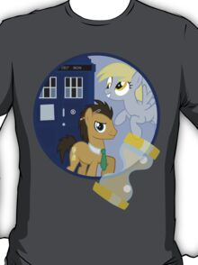 The Doctor and the Assistant  T-Shirt