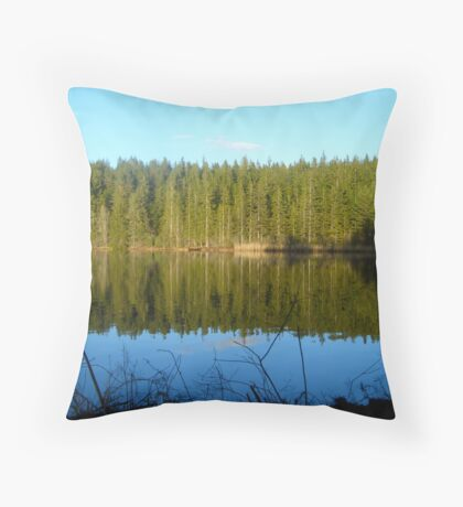 Sound of the Pines Throw Pillow