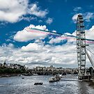 Through London sky by THHoang