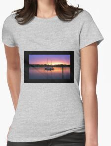 The boat Womens Fitted T-Shirt