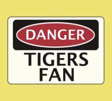 DANGER TIGERS FAN FAKE FUNNY SAFETY SIGN SIGNAGE Kids Clothes