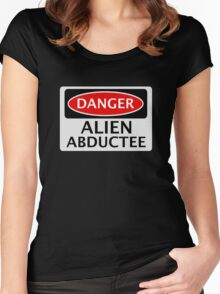 DANGER ALIEN ABDUCTEE FAKE FUNNY SAFETY SIGN SIGNAGE Women's Fitted Scoop T-Shirt