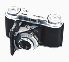 Classic Viogtlander Vito II 35mm Film Rangefinder Camera - Retro/Old/Vintage & Stylish!  T-Shirt