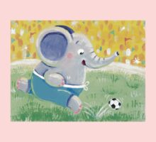 Football Player - Rondy the Elephant playing soccer Baby Tee