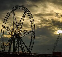 Decommissioned Ferris Wheel - Melbourne by Paul Cudina