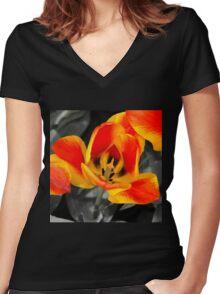 Tulip Macro  Women's Fitted V-Neck T-Shirt