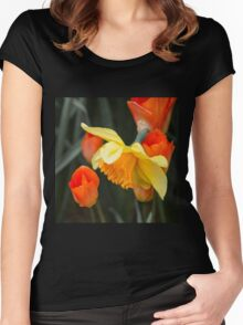 Narcissus Tulip  Women's Fitted Scoop T-Shirt