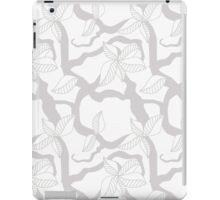 Leaves and twigs pattern in grey tones iPad Case/Skin