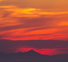 Sunset in Oia by Dinorah Imrie