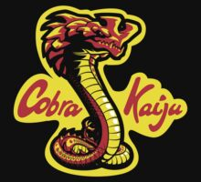 Cobra Kaiju (Pacific Rim - Karate Kid) T-Shirt by Tabner