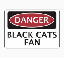 DANGER SUNDERLAND, BLACK CATS FAN, FOOTBALL FUNNY FAKE SAFETY SIGN T-Shirt